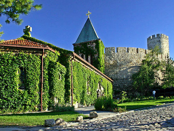 4-3-rose_church_crkva_ruzica_belgrade_fortress_serbia_photo_tob