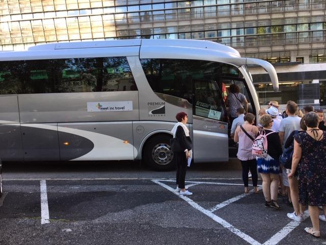Bus-Meet